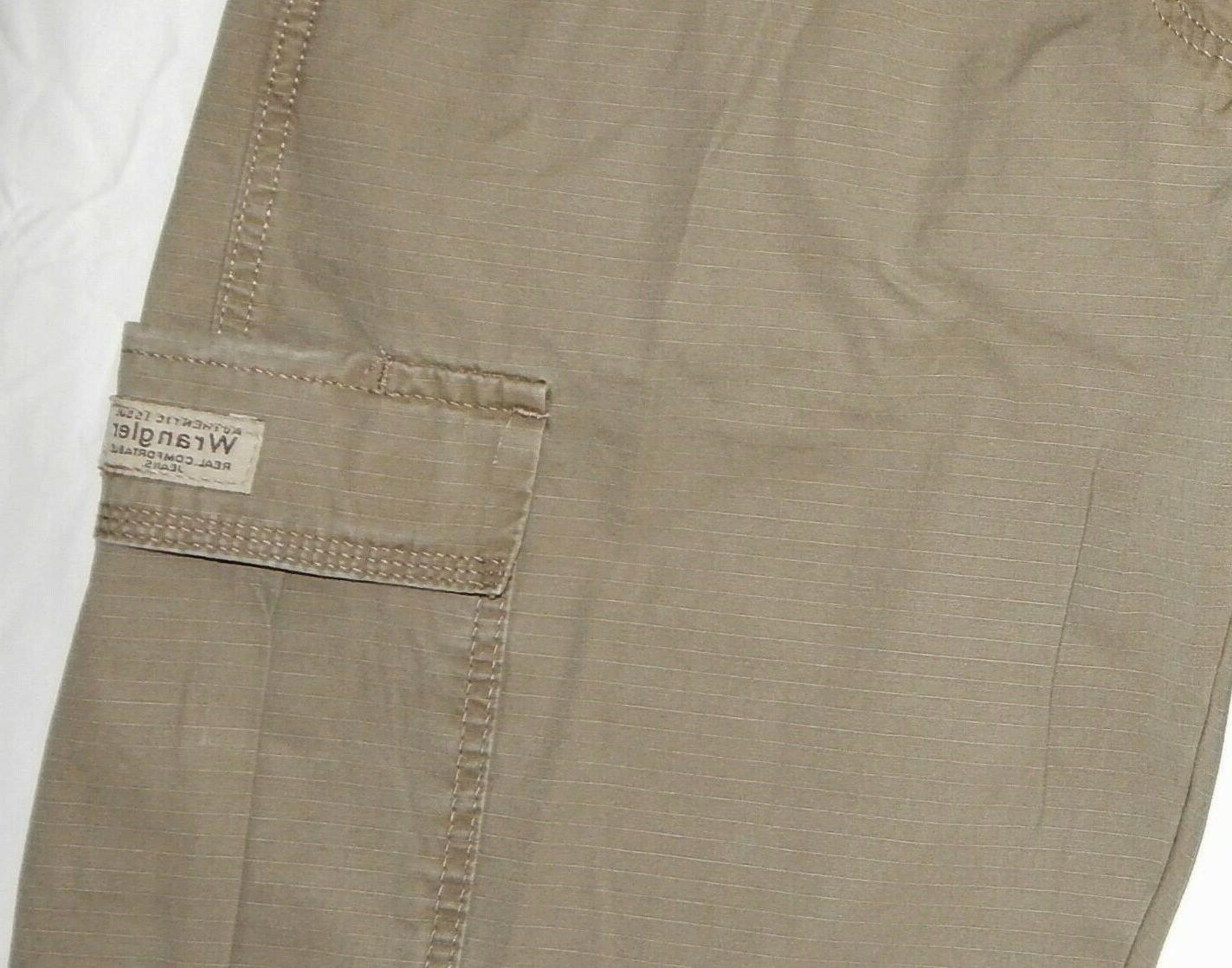 Mens Wrangler Rip-Stop Pants Relaxed Tech Pocket Khaki