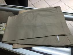 Amazon Essentials NEW Beige Mens Size 33x30 Khakis Flat-Fron