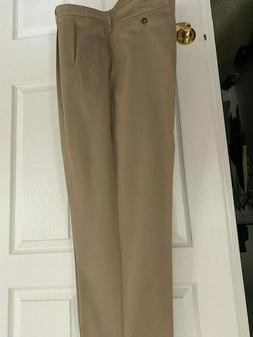 Lee NWT Khaki cotton pleated pants relaxed fit 46 x 32