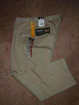 NWT Men's LEE Relaxed Fit  Flat Front KHAKI Pants 38x29